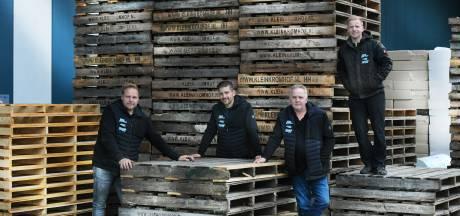 Daarlerveens bedrijf Klein Kromhof is trots op superdunne houtkrullen: 'Maar altijd die angst voor brand'