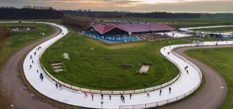Innovatieve ijsbaan Flevonice bij Biddinghuizen: verslagen door het weer