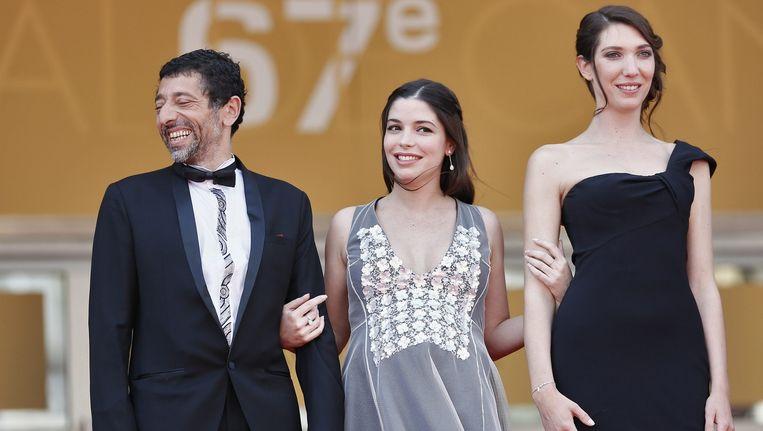 De hoofdrolspelers van Jean-Luc Godards 'Adieu au langage', vlnr Kamel Abdelli, Heloise Godet en Zoe Bruneau. Godards nieuwste film is aangekondigd als het grootste 3D-evenement sinds Avatar. Beeld Foto EPA