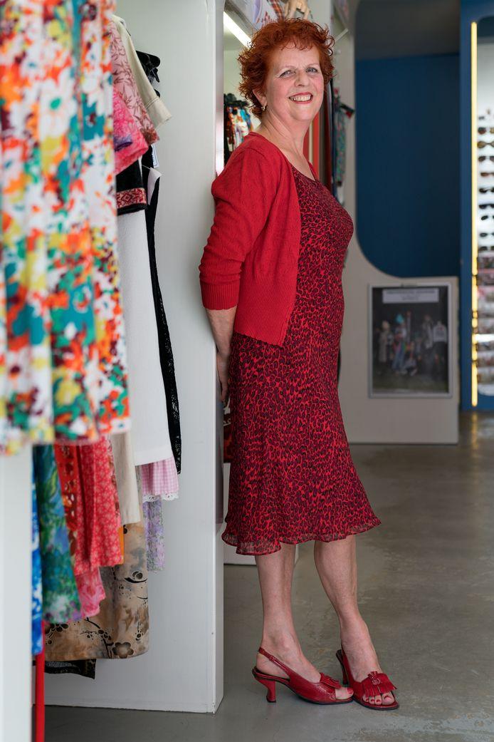 Nederland,  Den Bosch, Leonie Bettonvil gaat met pensioen en sluit haar winkel Blue aan De Postelstraat.