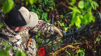 """""""Veiliger, stiller en diervriendelijker"""": Vlaamse jagers willen ook met pijl en boog op jacht"""