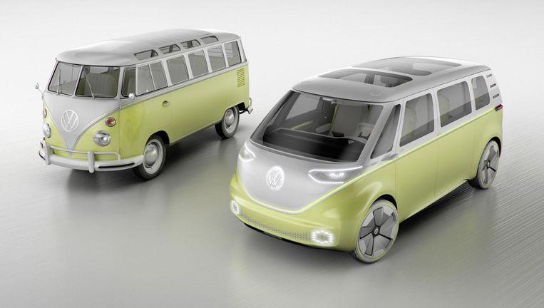 Retro en hypermodern: de VW-bus uit de jaren zestig en de Microbus I.D. Buzz die als het aan VW ligt de wereld gaat veroveren Beeld Volkswagen AG