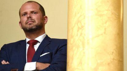 """Francken: """"Grondwettelijk Hof verwerpt alle beroepen tegen strengere vreemdelingenwet"""""""