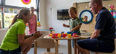 Sluiting van groepen dreigt op kinderopvang door verkoudheidsklachten bij medewerkers