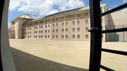 """Commissie van toezicht hekelt gebrek aan re-integratiebeleid in gevangenis: """"Opsluiting is vooral gecentreerd op bestraffing"""""""