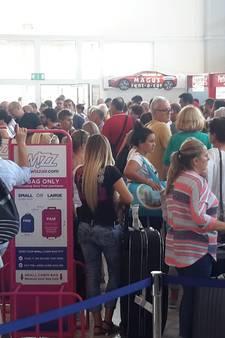 Passagiers Wizz Air-vlucht naar Eindhoven stranden in Tuzla