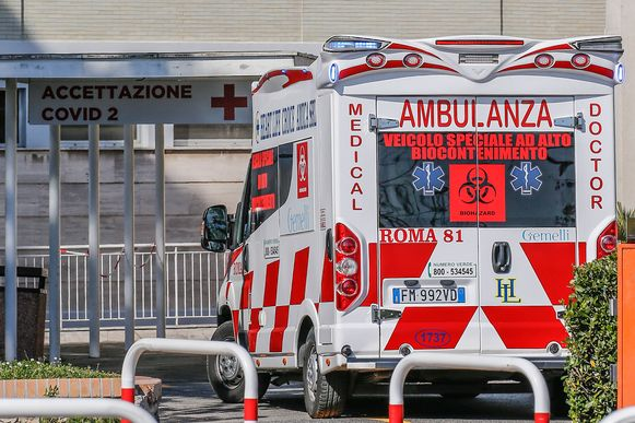 Archiefbeeld van een ambulance in Italië