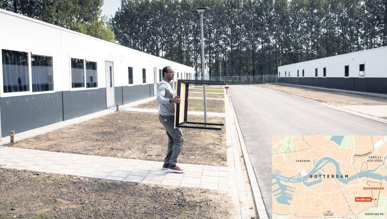 Het asielzoekerscentrum in de Beverwaard in aanbouw. De eerste bewoners, vluchtelingen met een verblijfsstatus, worden eind deze maand verwacht Beeld Arie Kievit