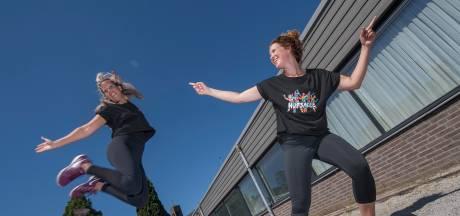 Dansschool Hupsakee: showdansles in het dorpshuis