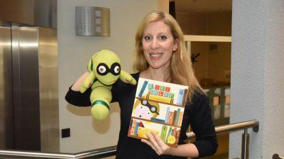 Prentenboek 'Kiki en Olaf' helpt anderstalige ouders met voorlezen in het Nederlands