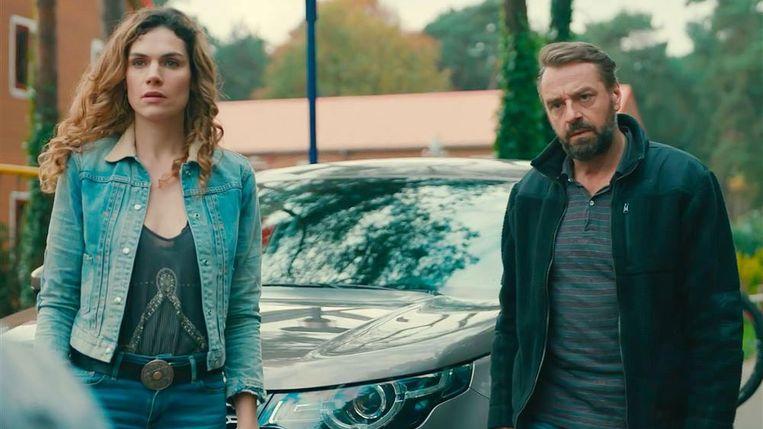 Anna Drijver en Tom Waes spelen de twee geheim agenten in 'Undercover'.