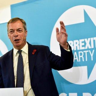 Farage legt Johnson geen duimbreed in de weg: geen eigen kandidaten in Tories-districten