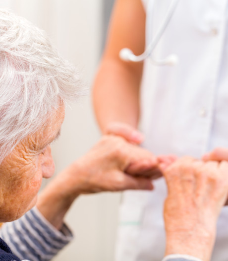 'Ziekenhuiszorg voor oudere laat te wensen over'