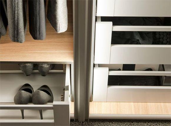 Van wand tot wand of van vloer tot plafond? Draai-, vouw-, of schuifdeuren? Open of gesloten? Denk er op voorhand goed over na.