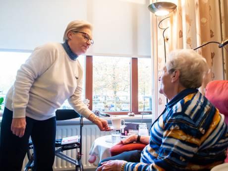 Grote onrust: Ouderen in deze aanleunwoningen betalen straks bijna de helft meer voor hun maaltijd
