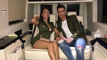 Van een oppas van 17 euro per uur naar een 'alimentatie' van 100.000 euro: de WAG van Ronaldo