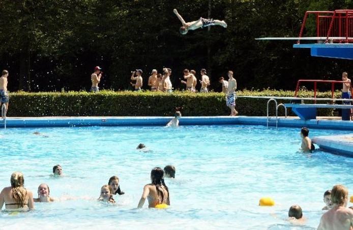 Zwembad Den Bosch.Zwartboek In De Maak Over Zwembad Den Bosch Vught Bd Nl