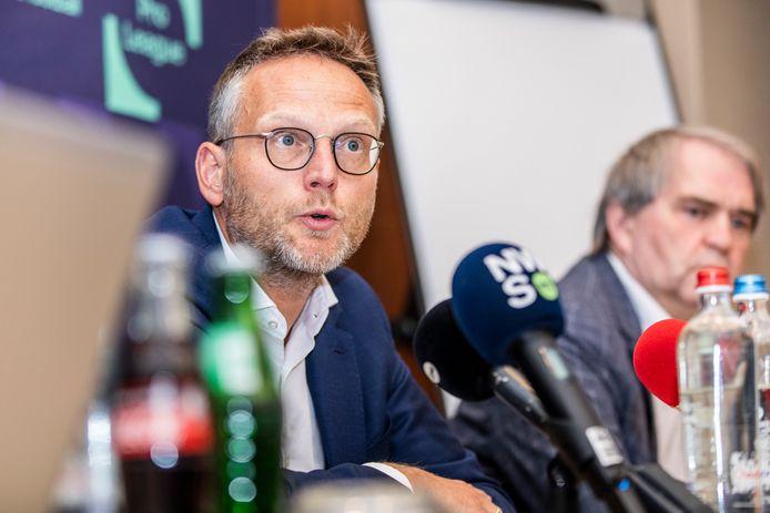 Le Président de la Pro League, Peter Croonen, et ses collègues semblent plier: Waasland-Beveren devrait rester en D1A.