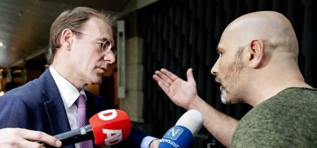 'Afplakjesdag': woede en wantrouwen over zwartgelakte dossiers toeslagenaffaire