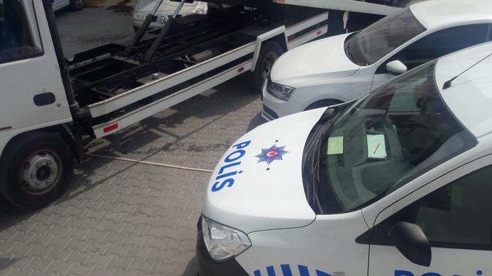 Politie ter plekke.