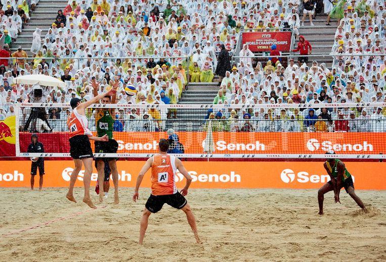 De halve finale van het WK beachvolleybal Beeld getty