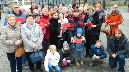 Unizo en gemeente delen 1.500 euro cadeaubonnen uit aan 30 lokale shoppers