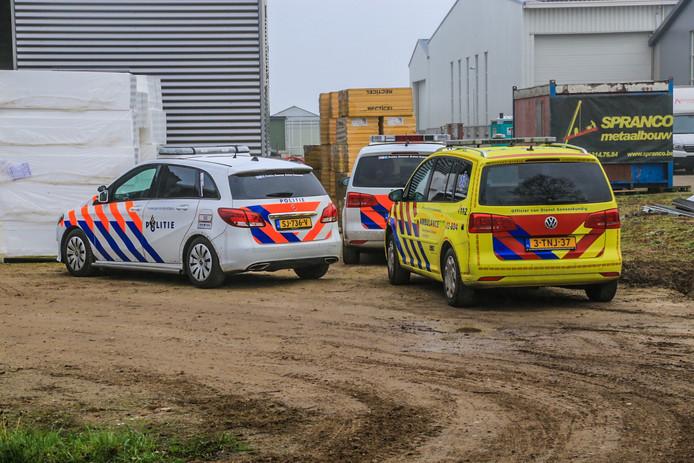 Een bouwvakker raakte zwaargewond na een val bij een bouwproject in Heusden.
