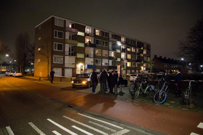 Door het steekincident waren er veel buurtbewoners op straat.