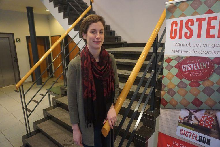 Ins Dierendonck (N-VA) is het jongste raadslid van de stad met haar 26 jaar.