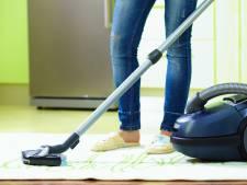 Man (23) weigert schoon te maken en valt medebewoner aan met stofzuiger in Prinsenbeek