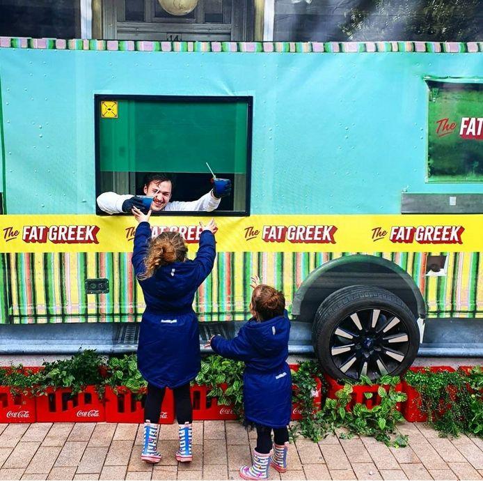 The Fat Greek aan de Oude Markt haalt de 'bus' weer van stal.