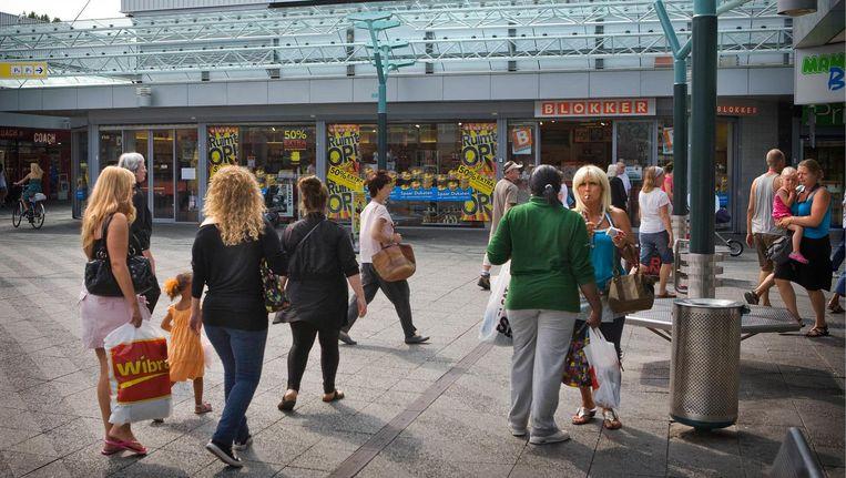 Winkelcentrum Boven 't Y Beeld Floris Lok