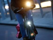 Lampje en belletje voor vijftig fietsers