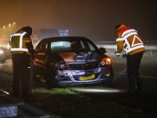 Automobilist (19) aangehouden na ongeluk met vrachtwagen op A1 bij Uddel