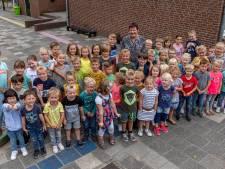 Juf Lia stopt na 46 jaar als juf in Huijbergen