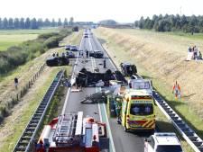 N50 bij Kampen na ravage weer open, gewonden buiten levensgevaar