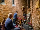 Tilburg één van de laatste plekken met Altijddurende Aanbidding: 'Je hoeft de specie niet uit de muur te bidden'