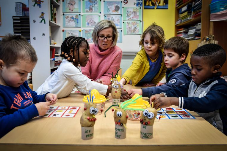 """In basisschool Echo kunnen de leerlingen terecht. """"Er zijn verschillende leerkrachten die het werk neerleggen, maar we voorzien een aangepast programma voor de kinderen"""", zegt directeur Danny Verneirt."""
