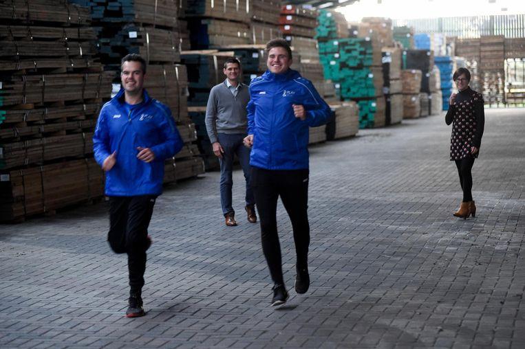 Lopers Mick en Stijn tijdens de Trappistenloop van vorig jaar.