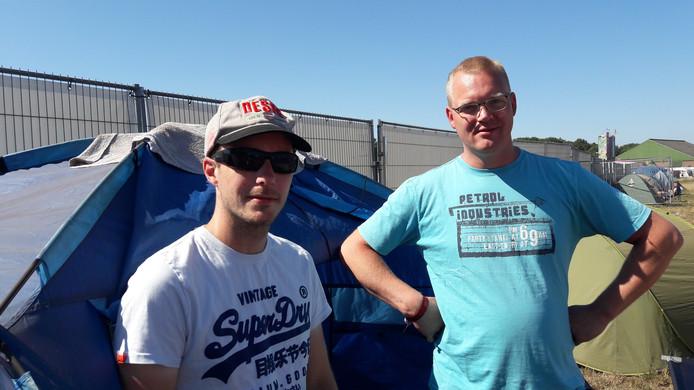 Michael Goosen (links) en Jeroen Klijnsma genoten vooral van 'het sfeertje' op de Zwarte Cross.