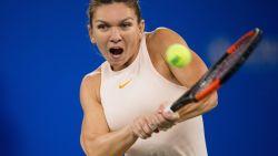 Nummer één Halep zegt af voor WTA Finals, Bertens neemt haar plaats in