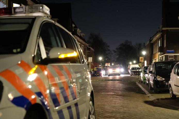 In een woning aan de Verheijstraat werd een gezin overvallen.