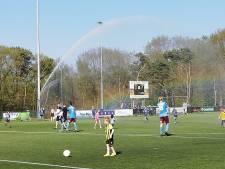 Waterpret bij OVC, Koningsdag funest voor Arnhemia en rake vrije trap is 5 punten waard in Driel