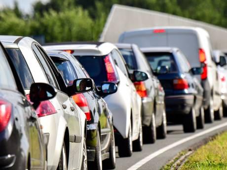 Te hard rijden, smartphones en alcohol: meer verkeersongelukken door minder politiecontrole