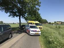 Motorrijder bij Vethuizen gewond na inhaalmanoeuvre