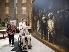 Nachtwacht van Rembrandt in volle glorie te zien in zorgcentra Hardenberg en Ommen