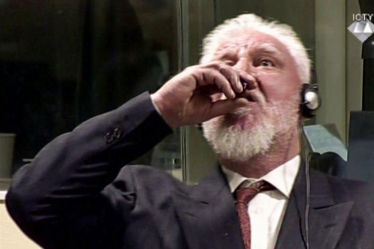 De Kroatische oud-generaal (72) overleed vorig jaar november nadat hij een drankje had ingenomen in de rechtszaal van het Joegoslavië-Tribunaal.