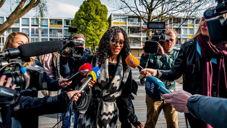 Sylvana Simons arriveert woensdagochtend bij de rechtbank in Zuid. Beeld anp