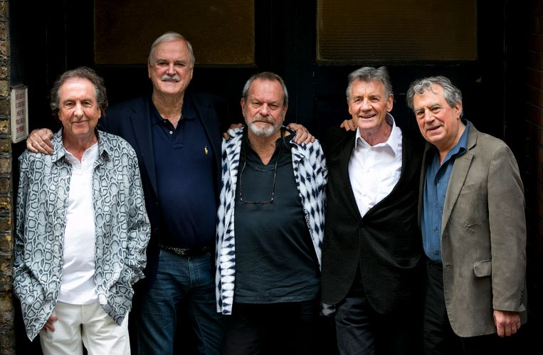 Van links naar rechts: Eric Idle, John Cleese, Terry Gilliam, Michael Palin en Terry Jones.