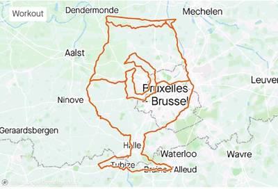 Un cycliste récompensé après avoir tracé un parcours de 275 km en forme de verre à Duvel